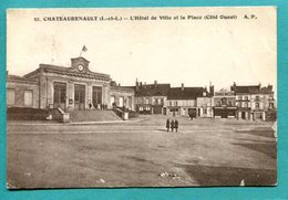 37 - Chateaurenault  L'Hôtel De Ville Et La Place -  2 Scans - Andere Gemeenten
