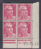 France N° 716 XX Marianne De Gandon  3 F. Rose En Bloc De 4 Coin Daté Du  28 . 11 . 46 , 3 Points Blancs Sans Ch., TB - Coins Datés