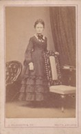 ANTIQUE CDV PHOTO. LADY WEARING LONG DRESS BY CHAIR. . J. WILKINSON @ CO - Photographs