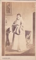 ANTIQUE CDV PHOTO - PRIEST/MONK WEARING ROBES . OXFORD STUDIO - Photographs