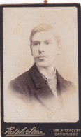 ANTIQUE CDV PHOTO -YOUNG MAN, CAMBRIDGE STUDIO. - Photographs