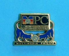 1 PIN'S //   **  PC / MULTIMÉDIA PHILIPS ** . (Arthus Bertrand Paris) - Computers