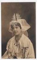 LES SABLES D' OLONNE EN 1929 - N° 6961 - COSTUME SABLAIS - Ed. ARTISTIQUE R. BERGEVIN - CPA VOYAGEE - Sables D'Olonne