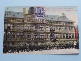 Antwerpen - Deutsche Soldaten Vor Dem Rathaus / L'Hôtel De Ville ( N. Sch. Brux.... ) 1915 ( Zie Foto's ) ! - Guerre 1914-18