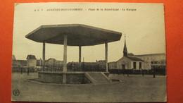 ASNIERES- BOIS- COLOMBES. Place De La République- Le Kiosque. - Asnieres Sur Seine