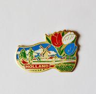 Pin's Sabot Tulipes Moulin Holland Hollande - A0A4 - Badges