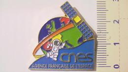 PIN'S - ESPACE - CENTRE NATIONAL D'ETUDES SPATIALES - Space