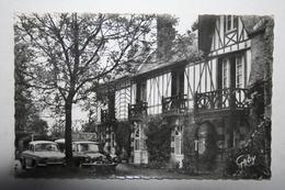 61 :  Bagnoles De L'Orne - Le Manoir Du Lys En Fôret D'Andaine  - Hôtel - Restaurant  ( Voitures DS  ) - Bagnoles De L'Orne