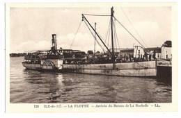 17 CHARENTE MARITIME - ILE DE RE La Flotte, Arrivée Du Bateau De La Rochelle - Ile De Ré