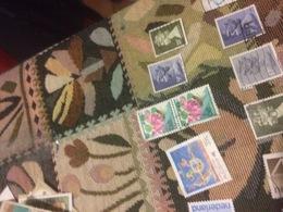 GIAPPONE FIORI ED API BLOCCO 2 VALORI - Stamps