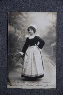 QUIMPER - Carte Photo D'une Jeune Bretonne, 1912. - Quimper