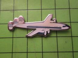 1118a Pin's Pins / Beau Et Rare / THEME AVION AVIATION : CONSTELLATION OU SUPER CONSTELLATION - Airplanes