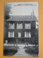 NOGENT Sur VERNISSON  (Loiret) -- Ecole Des Barres - Le Pavillon De La Vigne-vierge - Schools