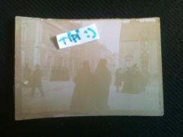 Photo - Angers - Groupe Sortant De L'Eglise Saint-Joseph, CA 1900 - Lieux