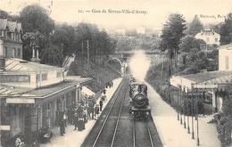 40 CP(SNCF:Sèvres-Ville-d'Av+Nanterre+Hazebrouck+Mantes)Charbonniers+Inondat+Champ Foire+Chat+Pub+Bébé+Café+Rest N°70 - Cartes Postales