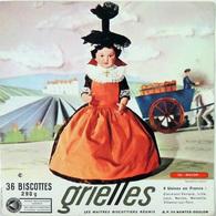 Grande Image Publicitaire Biscottes GRIELLES Série Poupées Folkloriques N° 133 MACON - Biscottes