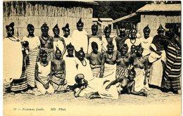 GABON  FEMMES FOULA  SEINS NUS - Gabon