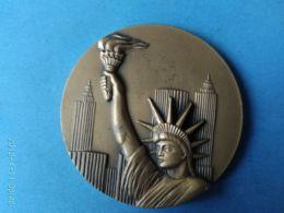 Bicentenario Rivoluzione Americana 1776/1976 - Royal/Of Nobility
