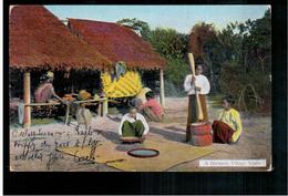 BURMA/ MYANMAR A Burmese Village Scene Ca 1910 OLD POSTCARD 2 Scans - Myanmar (Burma)