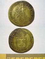 LOUIS XIV. JETON DE NUREMBERG. RECHPFENING. TRES BEL ETAT. TOKEN - Royaux / De Noblesse