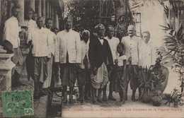 ASIE ASIA INDOCHINE CAMBODGE COLONIES FRANCAISES PHNOM PENH  GARDIENS DE LA PAGODE DU ROI - Cambodia