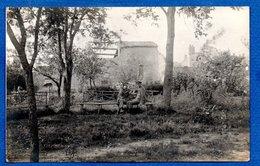 Pannes  -  Carte Photo  -  Soldats Allemands Dans Un Jardin - France