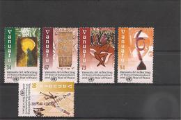 VANUATU 20 ème Anniversaire De L'indépendance Année 2000  N° Y/T : 1084/88** - Vanuatu (1980-...)