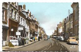 CPSM  Dentelée  En  PF  De  BAPAUME  (62)  -  La  Rue  D' Arras   //  TBE - Bapaume