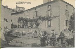 QUEAUX  (Vienne) Fontaine Et Lavoir - France