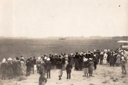 Vietnam Hanoi Fete D'Aviation Foule Regardant Les Avions Ancienne Photo 1920's - Aviation
