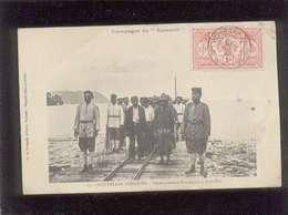 Nouvelles Hébrides Campagne Du Kersaint Débarquement D'assassins à Port Vila édit. G. De Béchade  Animée - Cartes Postales