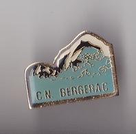 PIN'S THEME SPORT NATATION CLUB DE BERGERAC  EN DORDOGNE - Natation