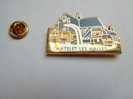 Superbe Big Pin's En Zamac , Tarnsport RATP RER METRO , Châtelet Les Halles , Signé Brunet - Apruzzese - Elixyr - Transports