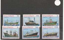 MOZAMBIQUE  Bateaux  Année 1981 N° Y/T : 833/38** - Mozambique