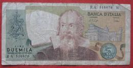 2000 Lire 1973 (WPM 103b) Ausgabe 1976 - [ 2] 1946-… : Républic