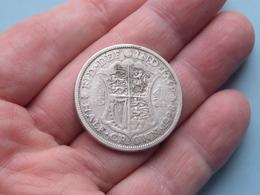 1928 - Half Crown ( KM 835 ) Uncleaned ! - K. 1/2 Crown