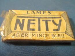 Lames De Rasoir Anciennes/Lames NETTY/Acier Mince Bleu/Fabrication Française/(5 Lames)/Vers1920-50   PARF118 - Lames De Rasoir
