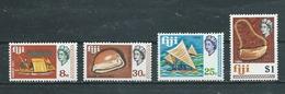 FIDJI  Yvert  N° 245-249-250-254 ** - Fidji (1970-...)