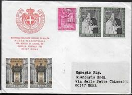 BUSTA INTESTATA S.M.O.M VIAGGIATA CON AFFRANCATURA VATICANO 1985 PER ROMA - Malte (Ordre De)