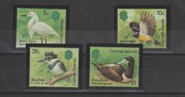 Iles Caimans 1984 Oiseaux 543-46 4 Val ** MMH - Iles Caïmans