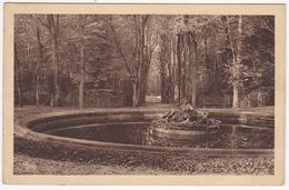 VERSAILLES - Le Bassin De Flore Ou Du Printemps, Groupe Par Tuby. - Versailles (Château)