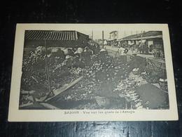 SAIGON - VUE SUR LES QUAIS DE L'ARROYO ET LE MARCHE AVEC FRUIT ET LEGUMES - Viêt-Nam Asie (AC) - Viêt-Nam