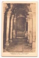 TOURNUS SAINT PHILIBERT COLONNETTES ET PUITS DE LA CRYPTE - Eglises Et Cathédrales