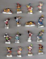 Lot 8 Fèves Brillantes  + 8 Fèves Mâtes De La Même Série MICKEY FOR KIDS /1999 & 2000 - Disney