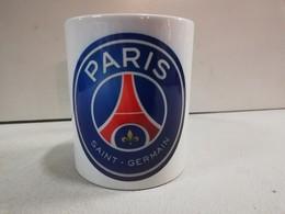 TASSE Ceramique MUG COFFEE NOEL PARIS SAINT GERMAIN PSG CAVANI NEYMAR MBAPPE - Habillement, Souvenirs & Autres
