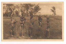 Ruanda Retour De La Fontaine D'un Groupe Femmes Et Enfants Carte Postale Ancienne Nu Ethnique Poterie Gros Ventre - Ruanda-Urundi