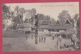 EX-CAMBODGE----SIEM-REAP--Bonzerie---animé - Cambodia