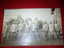 CARTE PHOTO SOLDATS CROIX ROUGE 5 EME REGIMENT YERRES ? - Yerres