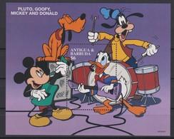 2435  Walt Disney  Antigua & Barbuda - 1997 - Mickey And His Friends Drawings Of Walt Disney Productions . - Disney