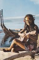 Polynésie Française Tahiti Vahiné A La Guitare - Polynésie Française